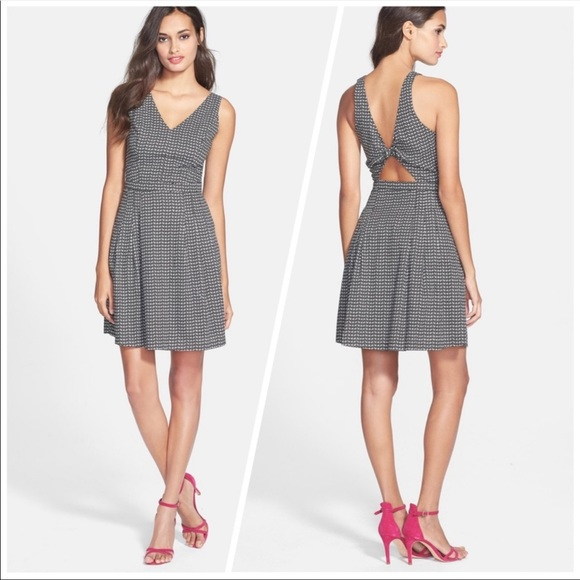 Joie Dresses & Skirts - Joie   Neilah   Fit and Flare Dress